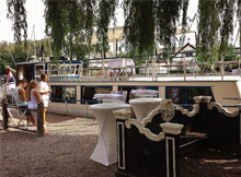 . Exclusive Boat Charter Loosdrecht .